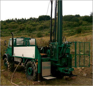 Geo-Drill's Knebel HY79 rig
